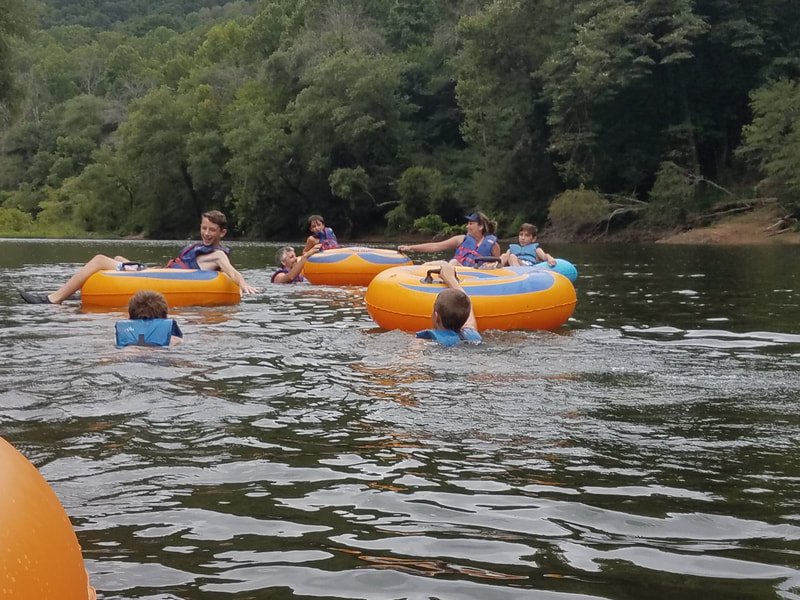 Group tubing on Big South Fork River