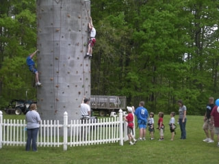 Kids party on climbing wall